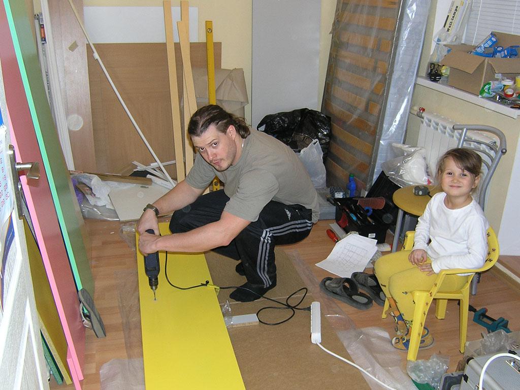 Как сделать стеллаж для игрушек своими руками