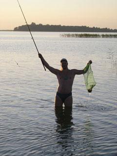 На озере Свитязь отличная рыбалка :)